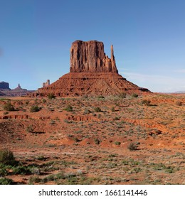 Monument Valley West Mitten Butte - Large Image 8000 × 8000 at 300dpi native