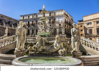 Monumental Palermo Praetorian Fountain (Fontana Pretoria, 1574) in centre of Piazza Pretoria. Praetorian Fountain - Palermo's major landmarks, depicted ancient Greek Mythology. Palermo, Sicily, Italy.