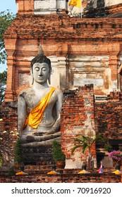 Monuments of buddha, Ancient temple Ayudhaya-Wat Yai Chai Mongkol at thailand