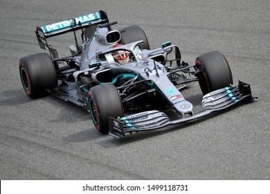 Monza, Italy. 7th September 2019. Formula 1 Grand Prix of Italy.Lewis Hamilton of Mercedes AMG Petronas Motorsport during qualifying for the F1 Grand Prix of Italy