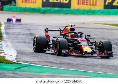 Monza/Italy - 08/31/2018 - Max Verstappen (NDL) and Esteban Ocon (FRA) together on track during free practice ahead of the 2018 Italian Grand Prix at Monza