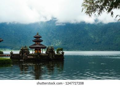 moody atmosphere at temple on Bratan lake