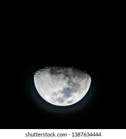 The moon after the first quarter for 2 days and taken while the moonset saw the rabbit headlong