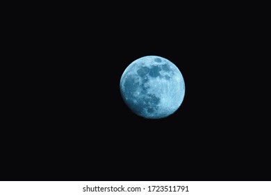 The Moon is an astronomical body orbiting Earth as its only natural satellite.