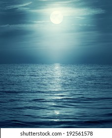 moon reflecting in a sea. Retro style.