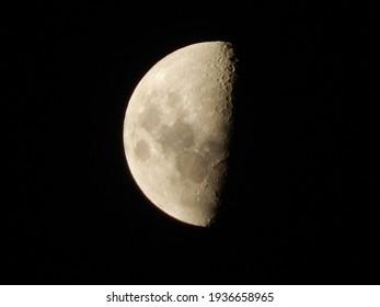 moon zoom sky at night