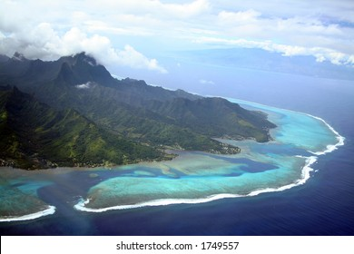 Moorea and Tahiti Islands in South Pacific, French Polynesia