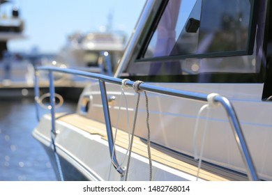 Mooring knot on the guard rails sailing yacht