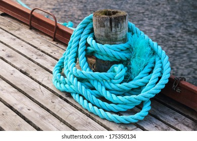 mooring ropes fishing ports in Norway Lofoten Islands cod fishery