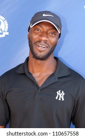 MOORPARK - AUG 20: Aldis Hodge attends Medlock Krieger Celebrity Golf Invitational & Concert at Moorpark Country Club, August 20, 2012 in Moorpark, CA, USA