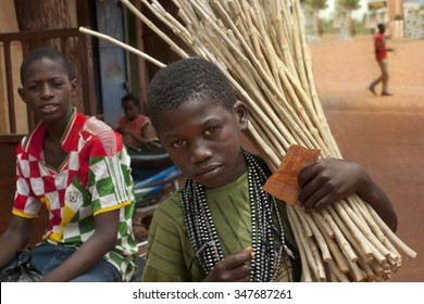 Mopti, Mali-Aug.26, 2011: Malian children