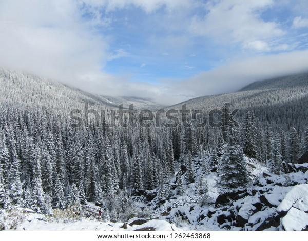 Moraine Lake Alberta Canada On 14092018 Stock Photo Edit