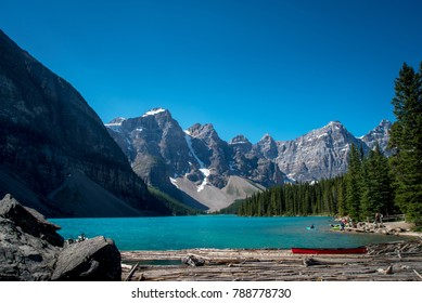 moraine lake in banff