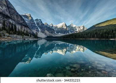 Moraine Lake, Banff, Alberta