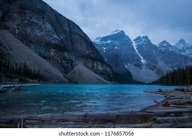 Moraine Lake at Banff National Park in early morning