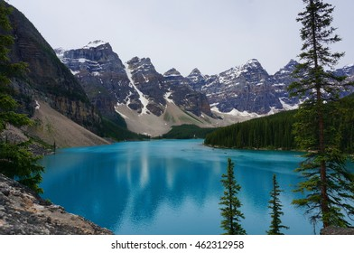 Moraine Lake, Rocky Mountains, Canada, the twenty dollar view.
