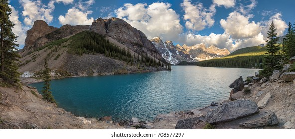 Moraine lake with the rocky mountains panorama in the Banff National Park, Canada.