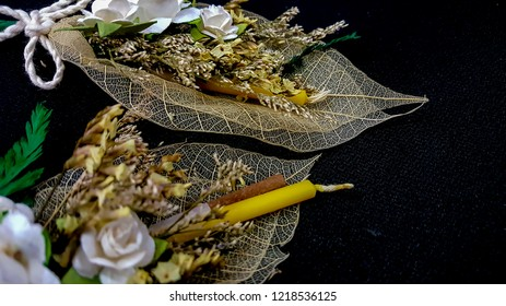 Mordern moaning Sandalwood Flowers on dry leaves fiber spray for Buddhist cremation  in Thailand