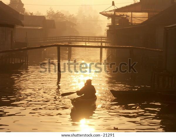 Morning in Borneo River
