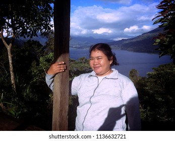 Morning Light Of Buyan Lake Nature Of Wanagiri Village North Bali Indonesia
