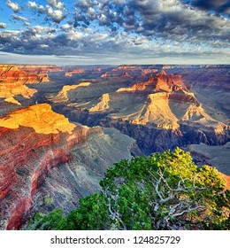 morning light at Grand Canyon, Arizona, USA