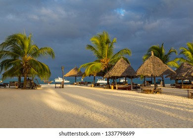 holiday resort africa Images, Stock Photos & Vectors
