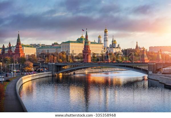 Morgen über Moskau Kreml in der Sonne