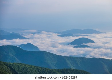 Morning sea of clouds