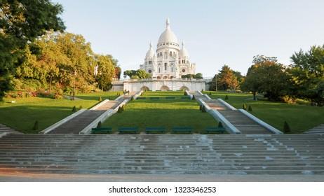morning shot of sacre coeur basilica, paris