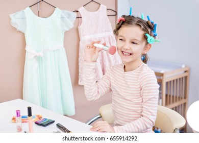 The morning of a small fashionista