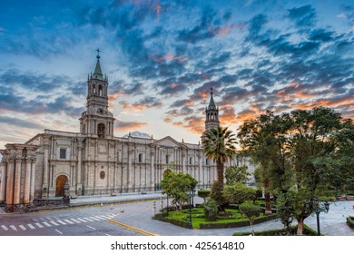 Morning sunrising at  Plaza De Armas and Cathedral â?? Arequipa,