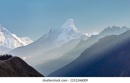 Morning view of the Ama Dablam (6814 m) - Everest region, Nepal, Himalayas
