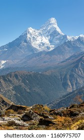 Morning view of the Ama Dablam (6814 m) from Khunde village on a sunny day - Everest region, Nepal, Himalayas