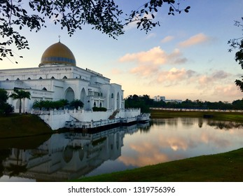 Morning View with IIUM Mosque as main subject with beautiful colors of sky