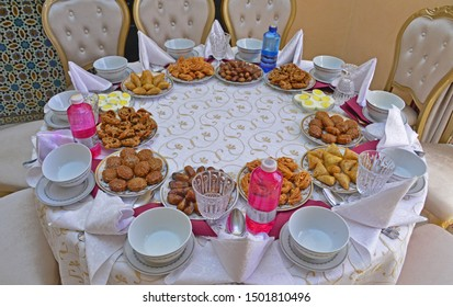 Table De Ramadan Images Stock Photos Vectors Shutterstock