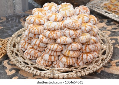 Moroccan cookies  are served with tea. Moroccan biscuits are offered at the wedding and Eid al-Fitr