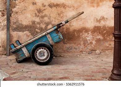 Moroccan wheelbarrow marrakech