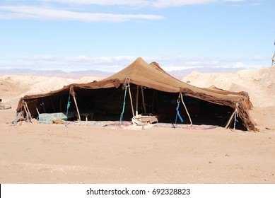 Morocco, bedouin tent. The traditional lifestyle.