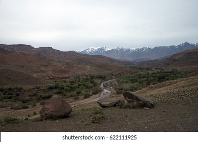 Morocco, isolated village on the way to Ouarzazate