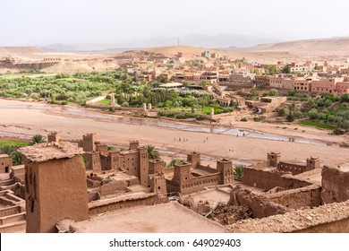 Morocco landmark, Ouarzazate. Panoramic of Ait BenHaddou, Scenic place for Morocco villages and river and one of the best location for movie shooting here