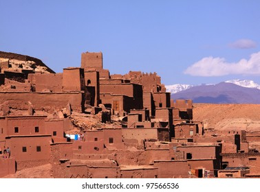 Morocco Ouarzazate Ben Ait Haddou Medieval Kasbah built in adobe - UNESCO World Heritage Site.  Location for many films - Gladiator, Babel, Alexander, Sheltering Sky, Game of Thrones and The Mummy.
