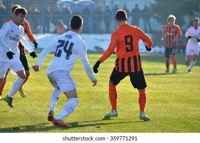 MORSHUN, UKRAINE - OCT 25: Manu (L) in action during the UEFA Youth Champions League match between Shakhtar vs Real Madrid (U19), 25 October 2015, Ukraine