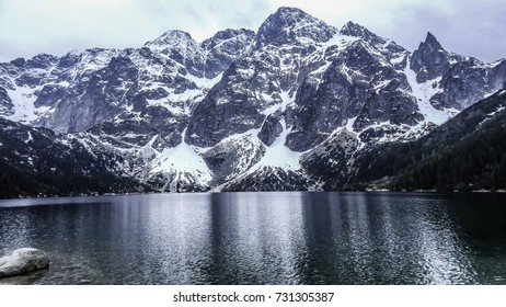 Morskie Oko, mountain and river in Poland, snowy Tatra
