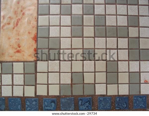 Mosaic table pattern