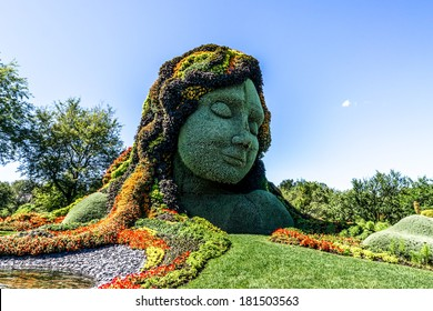 MOSAICULTURES INTERNATIONAL 2013 MONTREAL,BOTANICAL,GARDEN JULY-21 2013 This picture represents Canada's Entry : Earth Mother # 2 The exhibition was from 22 June to 29 September 2013.
