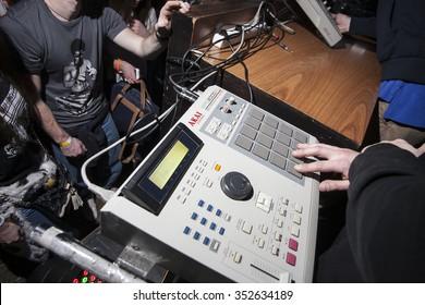 Beatmaker Images, Stock Photos & Vectors | Shutterstock