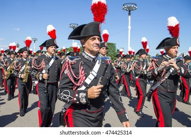 "MOSCOW - August 27, 2016: international festival of military orchestra ""Spasskaya tower"". Orchestra of  Italy."