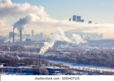 in Moscow came the cold and dropped fresh snow. from behind the clouds the sun came out, and Moscow is seen as on the palm of the tops of the Krylatsky hills