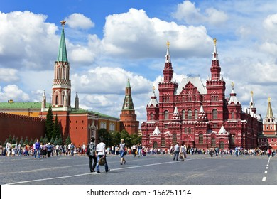 MOSCOW - CIRCA AUGUST 2013 :Red Square. Tourists visiting the architectural ensemble of the Red Square in Moscow
