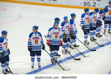 MOSCOW - JANUARY 29, 2016: The goalkeeper of the National Team Finland Ari Sulander (31) on hockey game Russia vs Finland on World Legends hockey league, in VTB Arena Ice Palace, Moscow, Russia